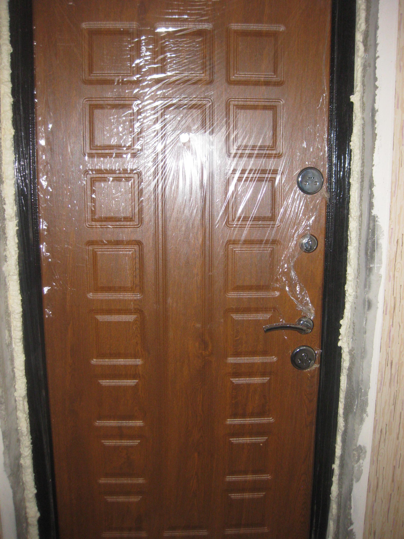 металлическая дверь дуб
